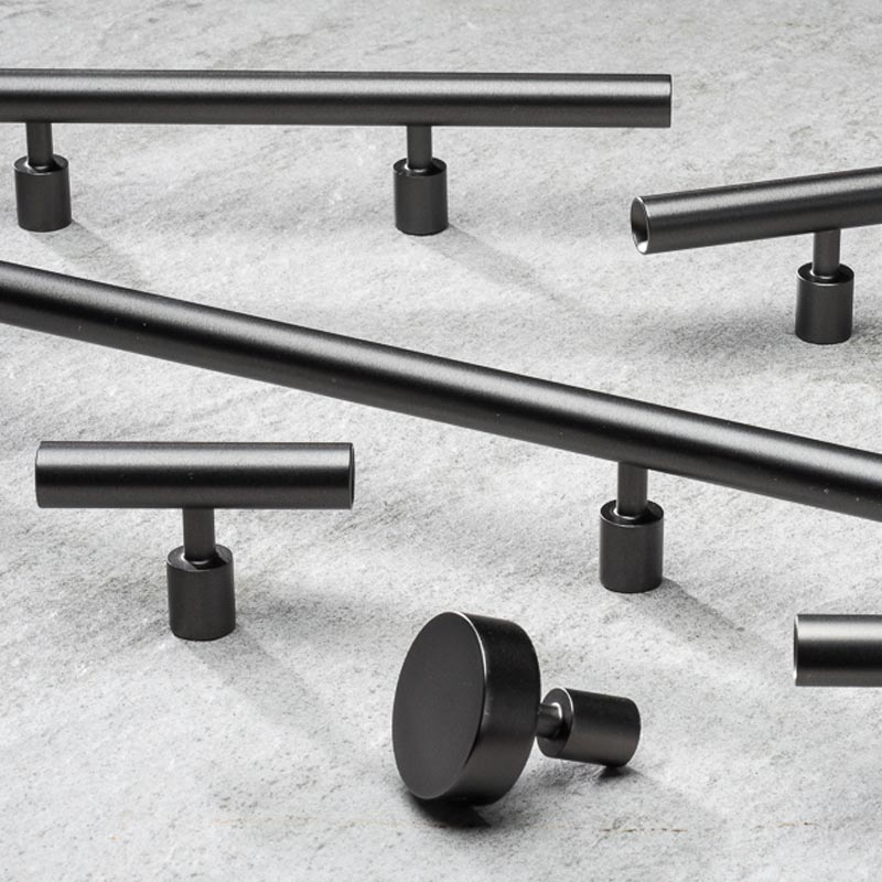 Black Stainless Steel Round Bar