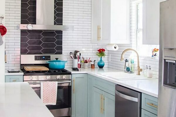 Apartment Therapy - 12 Best Kitchen Before & Afters We Saw in 2019